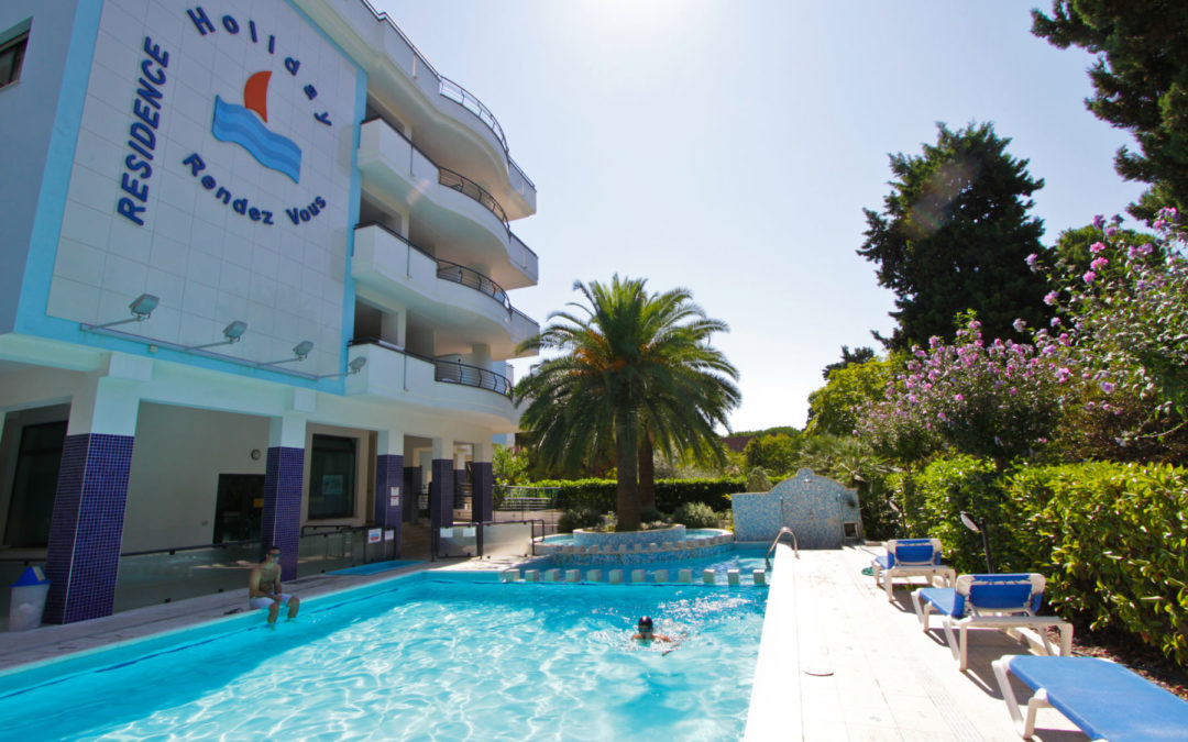 RESIDENCE HOLIDAY RENDEZ VOUS